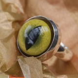 eyeball bezel set ring