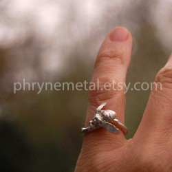 Honey Bee Ring thumbnail
